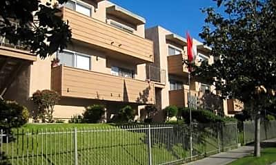 Summer Breeze Apartments, 0