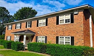 Building, 209 Vineland Dr, 1