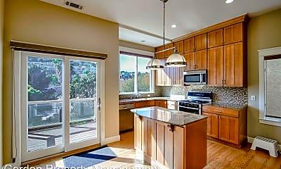 Kitchen, 472 Diamond St, 0