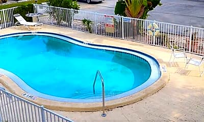 Pool, 201 Northwest Jefferson Cir N, 2