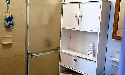 Bathroom, 60-04 136th St 1F, 2