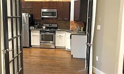 Kitchen, 154 Engert Ave, 2