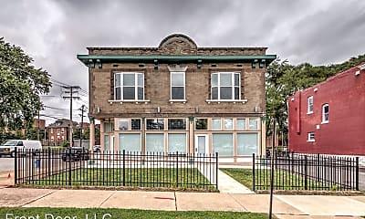 Building, 3439 Park Ave, 2
