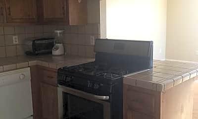 Kitchen, 1001 W Perdew Ave, 2