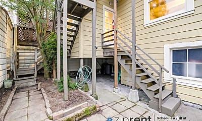 Patio / Deck, 1126 Masonic Avenue, 1