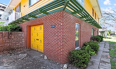 Building, 1333 E 84th Terrace, 1