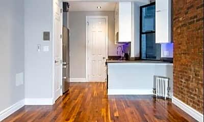 Living Room, 245 Mott St, 1