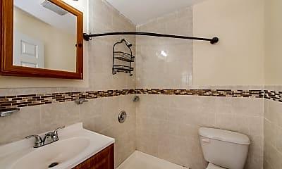 Bathroom, 269 Parker St 2, 2