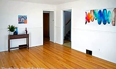 Bedroom, 706 W 4th Ave, 1
