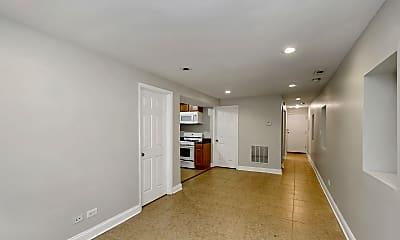 Living Room, 921 S Oakley Blvd G, 1