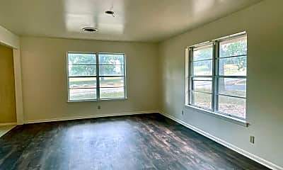 Living Room, 1001 Nancy Beth Dr, 1