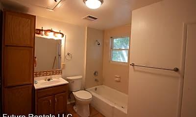 Bathroom, 1309 E 8th St, 2
