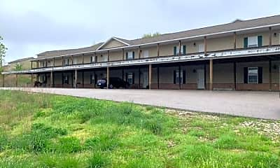 Building, 16606 Hunters Ridge Ln, 1