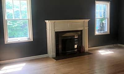 Living Room, 5942 N Willamette Blvd, 1