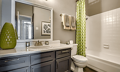 Bathroom, The Quinn at Westchase, 1