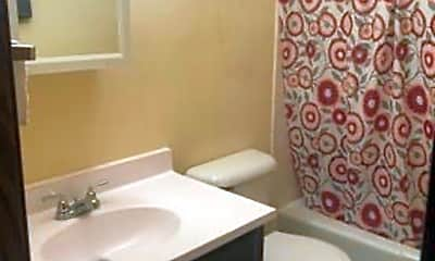 Bathroom, 5906 Hickman Rd, 2