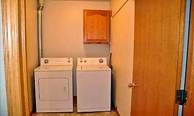 Bathroom, Riverplace Apartments, 2