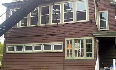 Building, 113 Concord Pl, 2