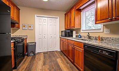 Kitchen, Room for Rent - Live in Woodstock, 0