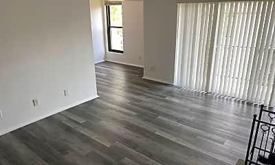 Living Room, 110 Duvall Ln 76-304, 0