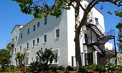 Linda Vista Apartments, 0