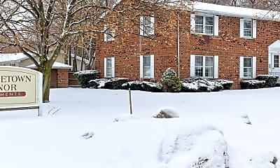 Building, Georgetown Manor, 2