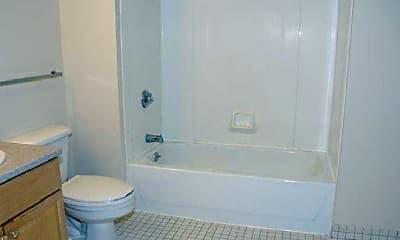 Bathroom, 1 Brookline Pl, 0