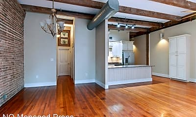 Kitchen, 528 Baronne St, 2