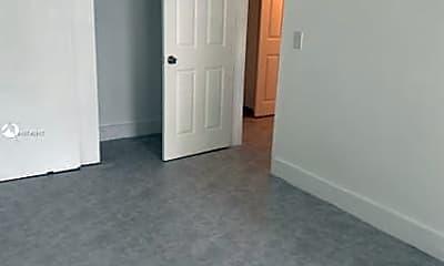 Bathroom, 191 SW 12th St, 2
