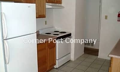 Kitchen, 520 Palomas Dr SE, 1