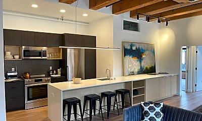 Kitchen, Seattle Quilt Lofts, 1