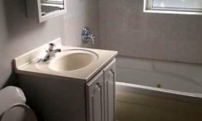 Bathroom, 4609 N Spaulding Ave, 0