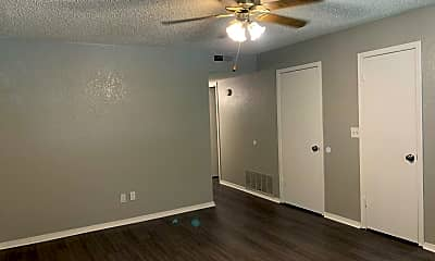 Bedroom, 605 Champion Ln, 1