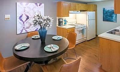 Kitchen, Mallard's Crossing Apartments, 2