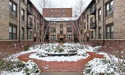 Building, 516 W Deming Pl, 1