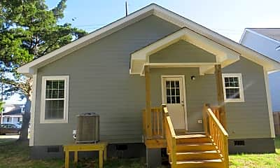 Building, 612 Cedar St, 2