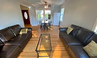 Living Room, 508 Elm St, 1