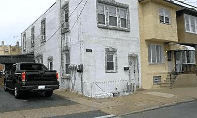 Building, 7154 Hegerman St, 0