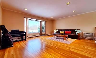 Living Room, 50 Briar Ln, 1