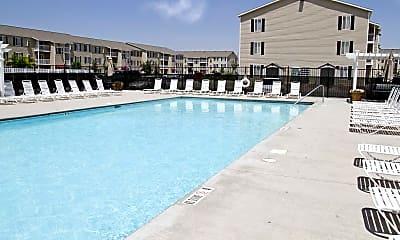 Pool, Van Horne Estates Apartments, 1