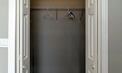 Bathroom, 866 N State St, 2