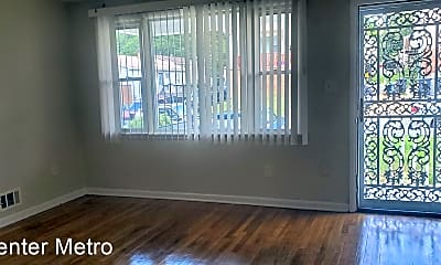 Living Room, 1221 Capitol Heights Blvd, 1