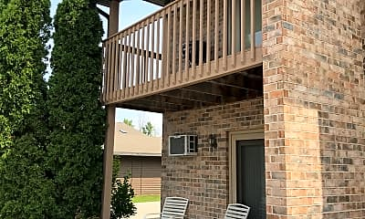 Sterling Heights Apartments, 2