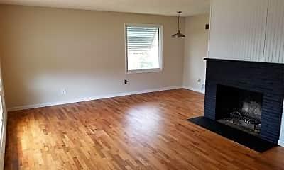 Living Room, 861 S 34th St, 1