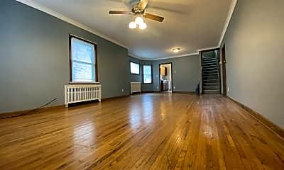 Living Room, 19 7th Ave NE, 0