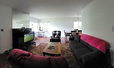 Living Room, 213 N Graham St, 1