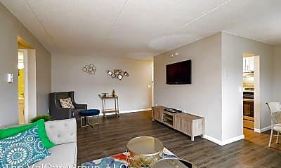 Living Room, 5 Dorchester Drive, 2