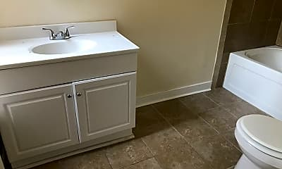 Bathroom, 305 W Marshall St, 1