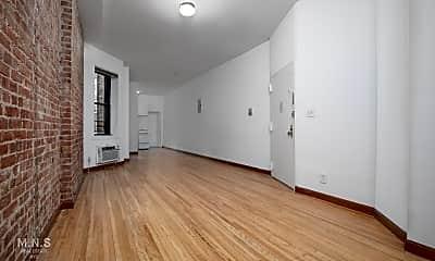 Living Room, 445 E 83rd St 5-W, 1