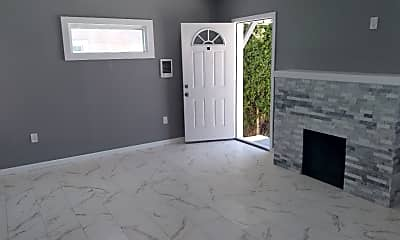 Living Room, 4762 Castle Ave, 1